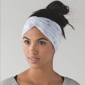 Lululemon Sweat to Sweet Headwrap